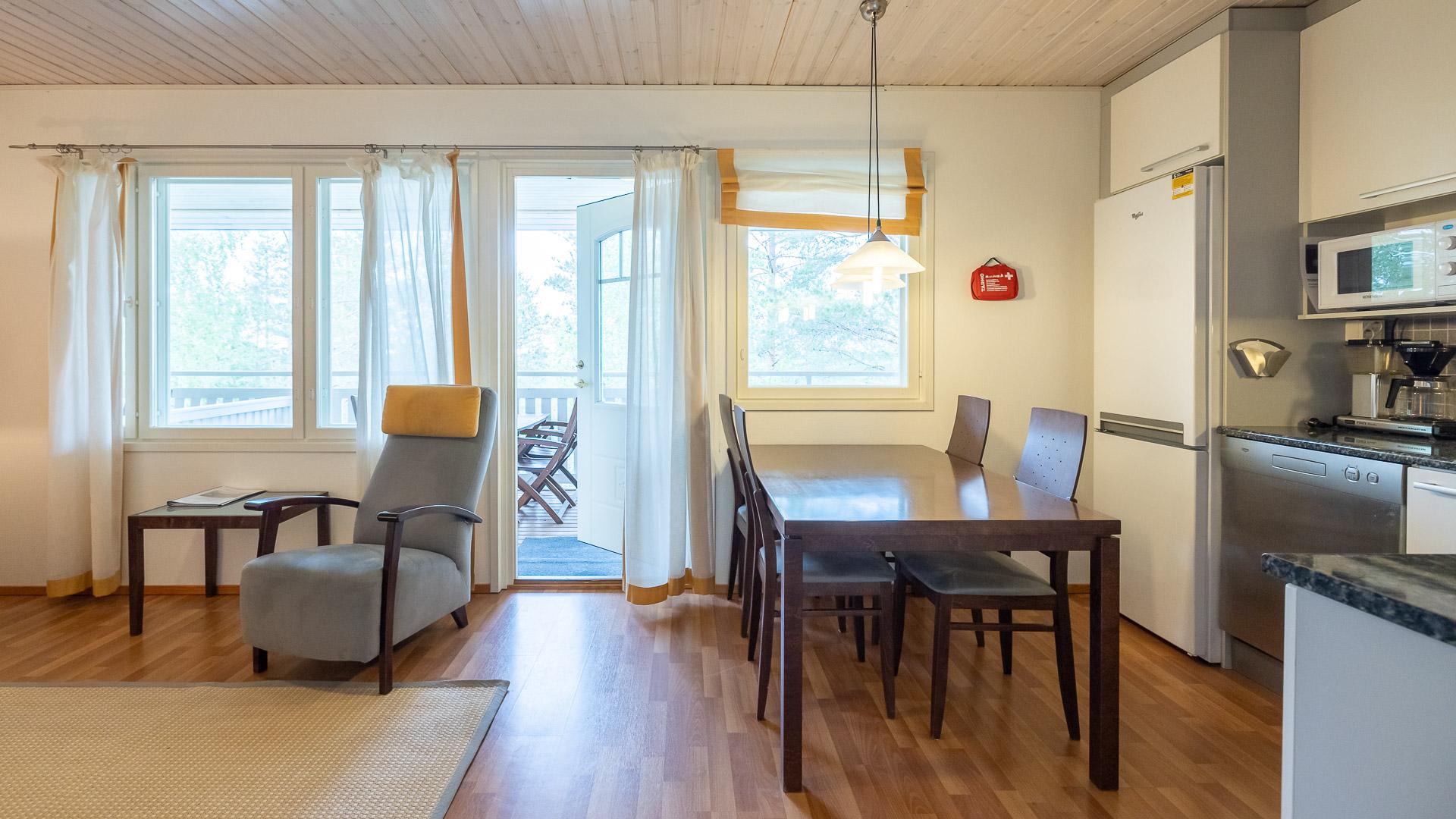 Huoneistohtelli Jämin Lumihovi oh + keittiö