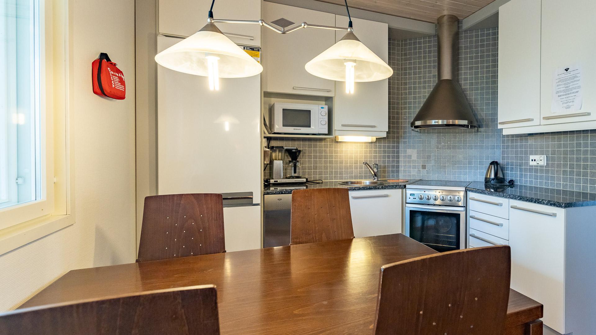 Huoneistohtelli Jämin Lumihovi keittiö