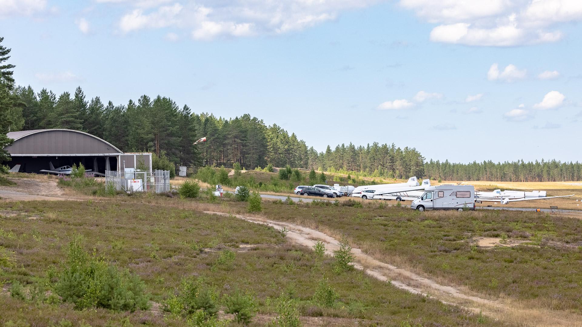 Lentokenttäalue Jämi
