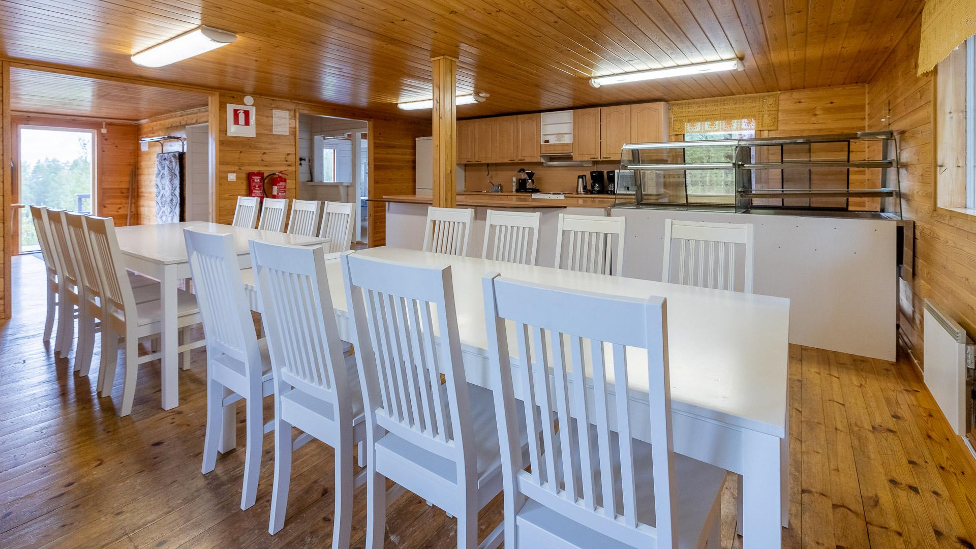 Niinimaja ruokailutila Jämijärvi